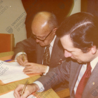 1976-12-04-Profs. V. Kubijovyč and M. Lupul signing the Encyclopedia of Ukraine agreement